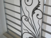 iron-anvil-railing-horizontal-flat-bar-steel-pattern-urban-h-street-unit-b-9