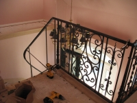 iron-anvil-railing-scrolls-and-patterns-double-panels-castings-hopkins-interior-highland-4