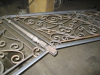 iron-anvil-railing-scrolls-and-patterns-european-12-455-messina-i