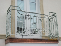 iron-anvil-railing-scrolls-and-patterns-european-circles-keller-balcony-3