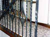 iron-anvil-railing-scrolls-and-patterns-repeating-collars-diamond-twist-10-41502-diamond-picket