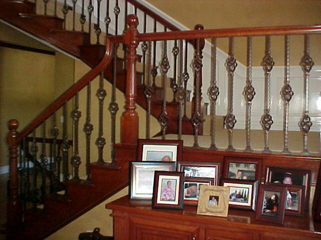 iron-anvil-railing-single-top-basket-goldthorpe-cottonwood-home-3