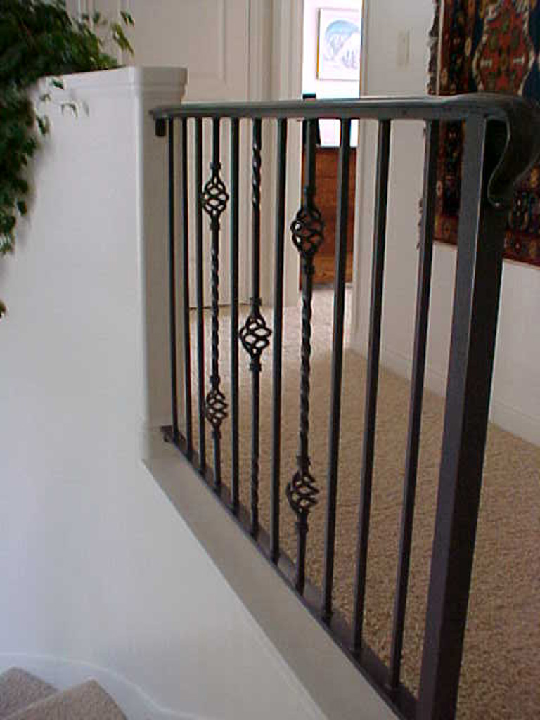 iron-anvil-railing-single-top-basket-ogden-rail-1-1