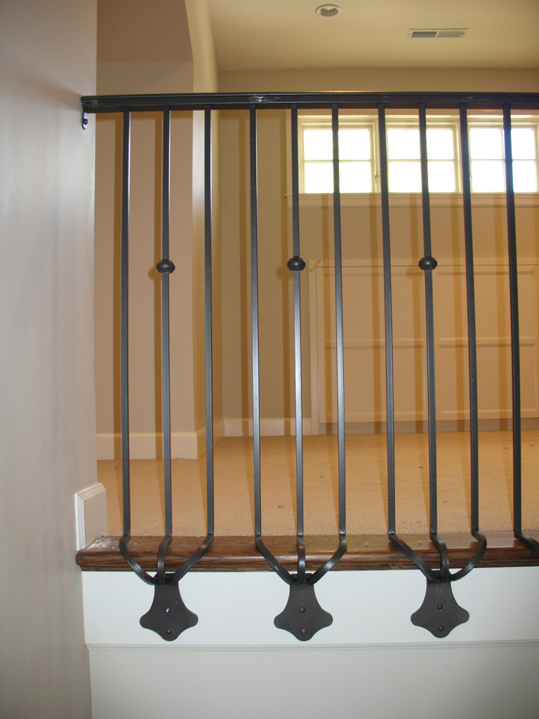 iron-anvil-railing-single-top-collars-princeton-side-mount-11