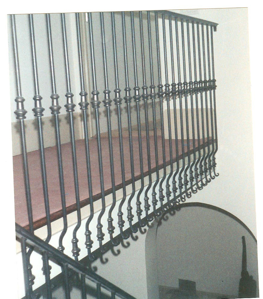 iron-anvil-railing-single-top-collars-side-mount-doran-taylor-home-29-1711-1