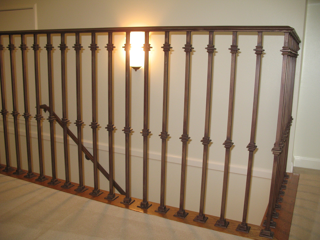 iron-anvil-railing-single-top-collars-stewart-on-sherman-ave-rail-with-collars-1