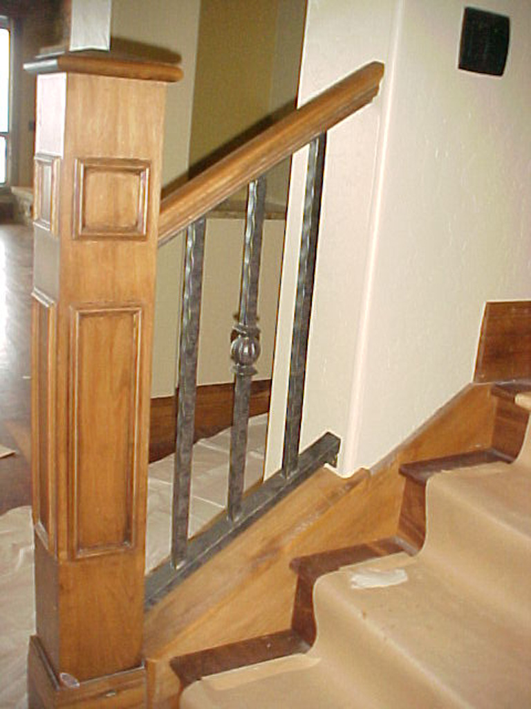iron-anvil-railing-single-top-collars-symphony-home-back-stair-1-6