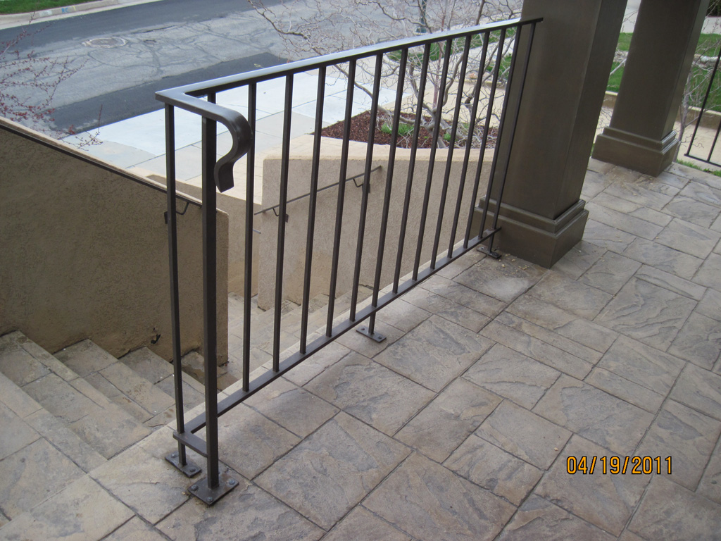 iron-anvil-railing-single-top-simple-rail-in-the-avenues-before-2