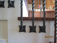 iron-anvil-railing-single-top-collars-twist-tyler-home-mapleton-1