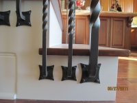 iron-anvil-railing-single-top-collars-twist-tyler-home-mapleton-2