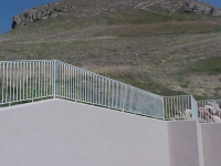 iron-anvil-railing-single-top-loop-retainer-wall-2