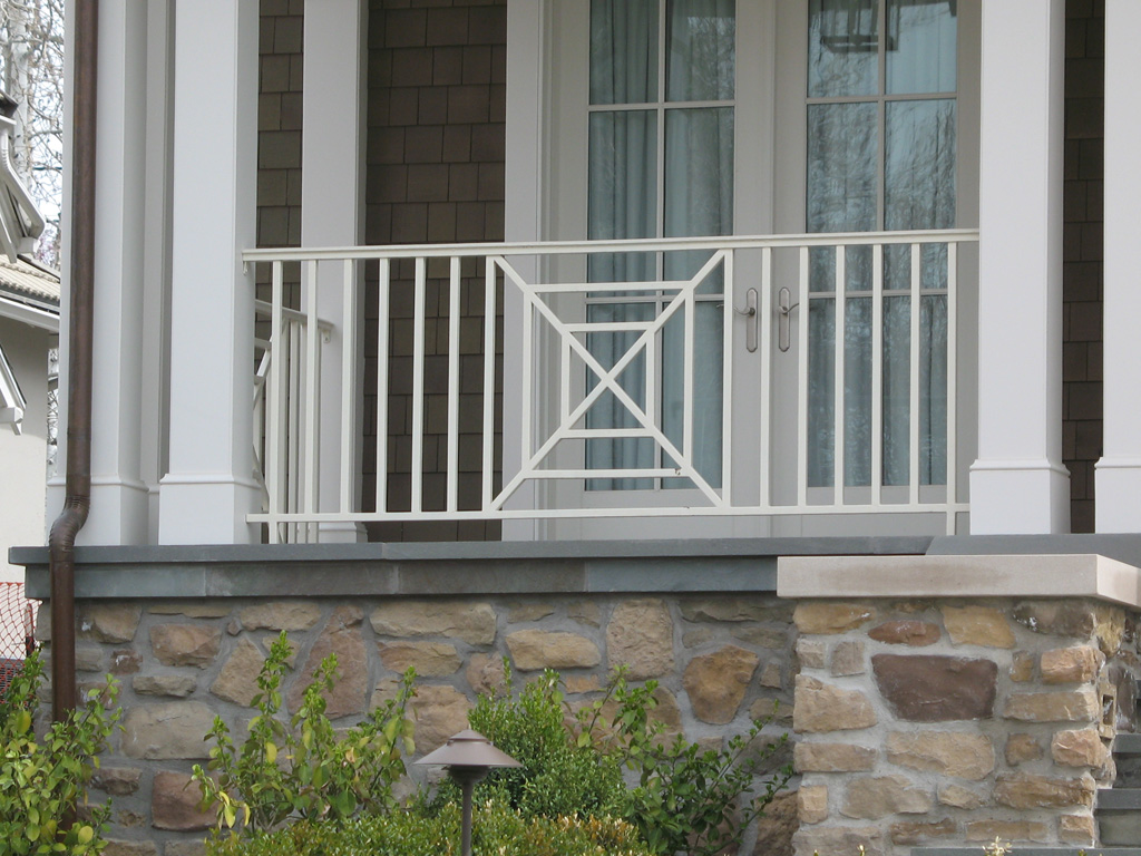 iron-anvil-railing-x-pattern-richardson-wilson-job-13100-5