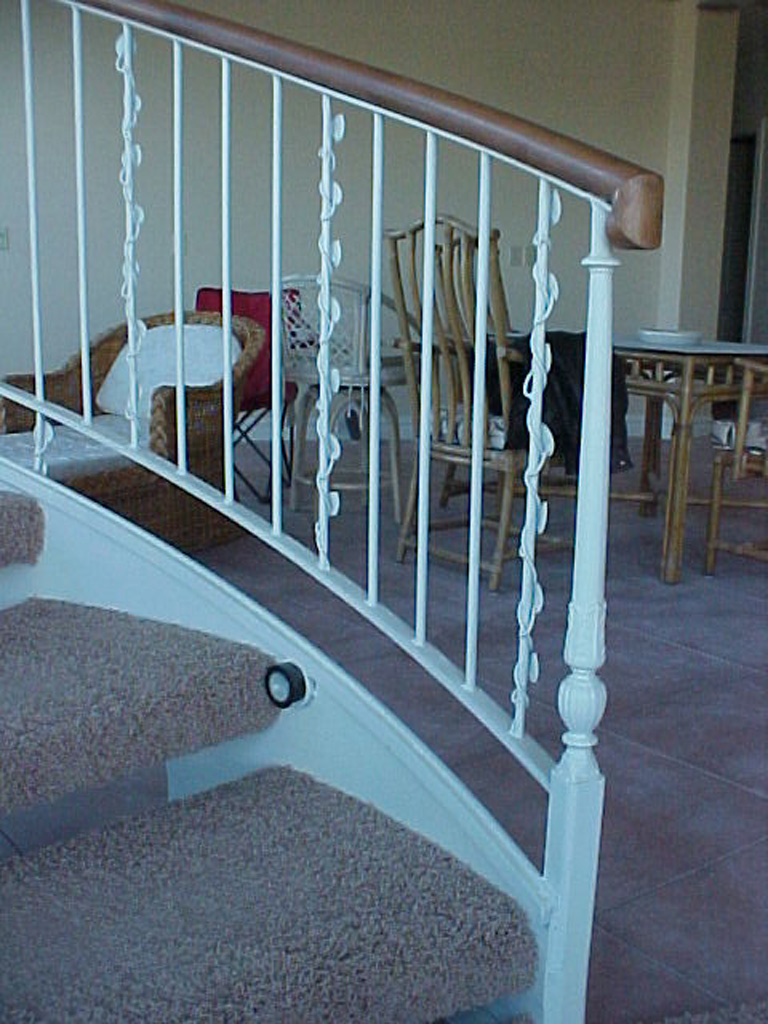 41-0050-iron-anvil-stairs-grand-circular-treads-angle-iron-wood-treads-jensen-wally-stair-saratoga-springs-5