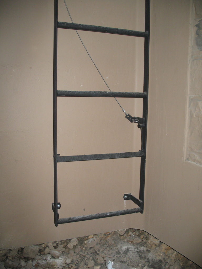 iron-anvil-stairs-ladders-american-heritage-escape-ladders-with-release-2